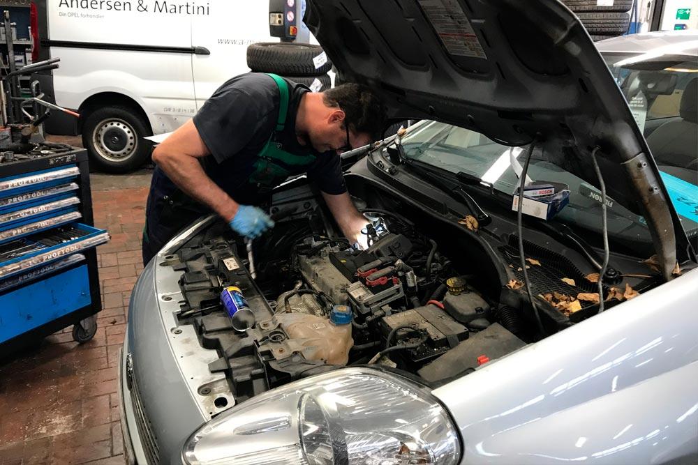 mekaniker til autoservice i farum